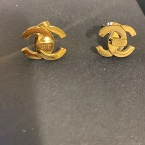 Beautiful 💛 Gold Earrings